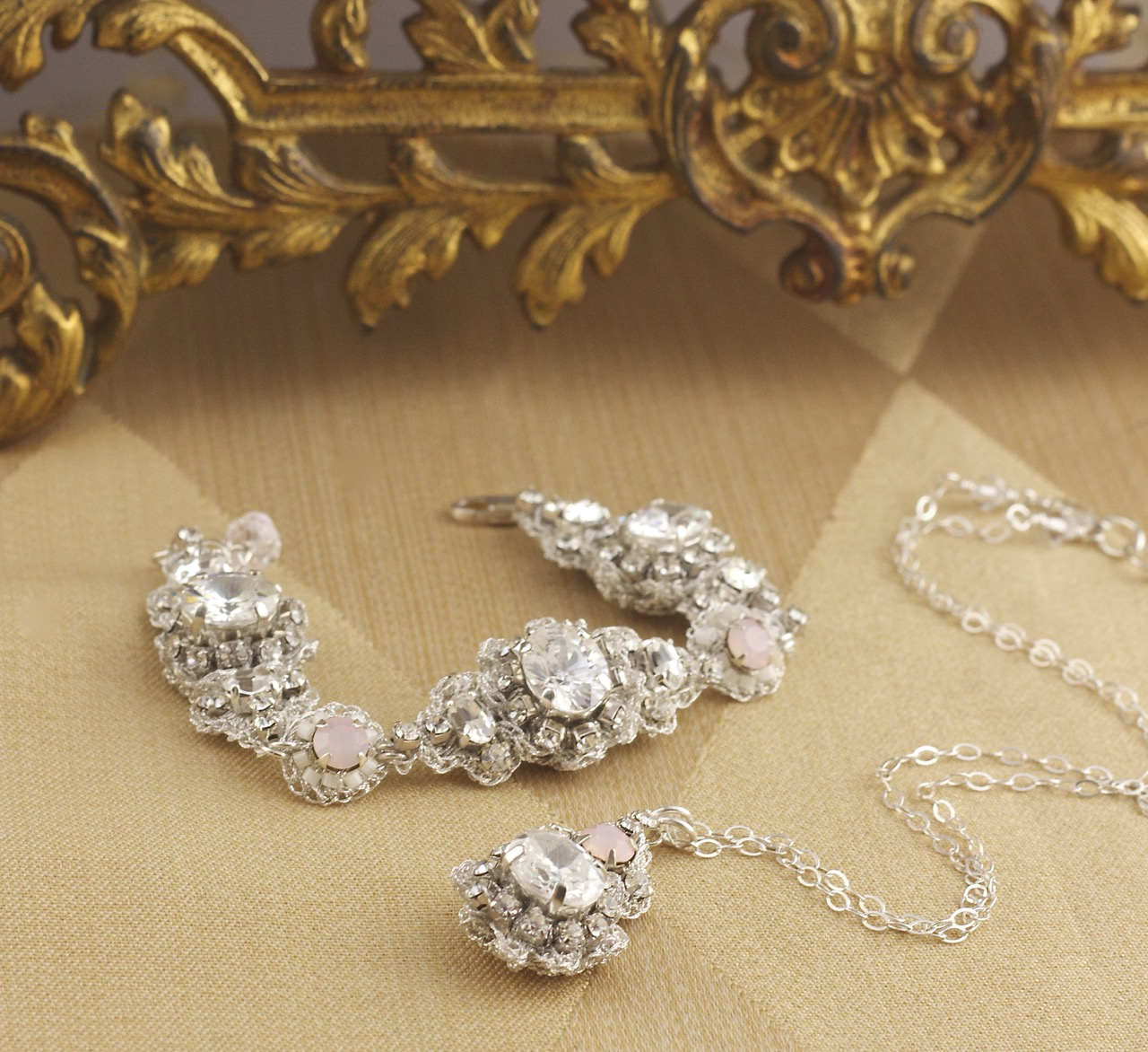 silver-blush-pink-bridal-bracelet-necklace