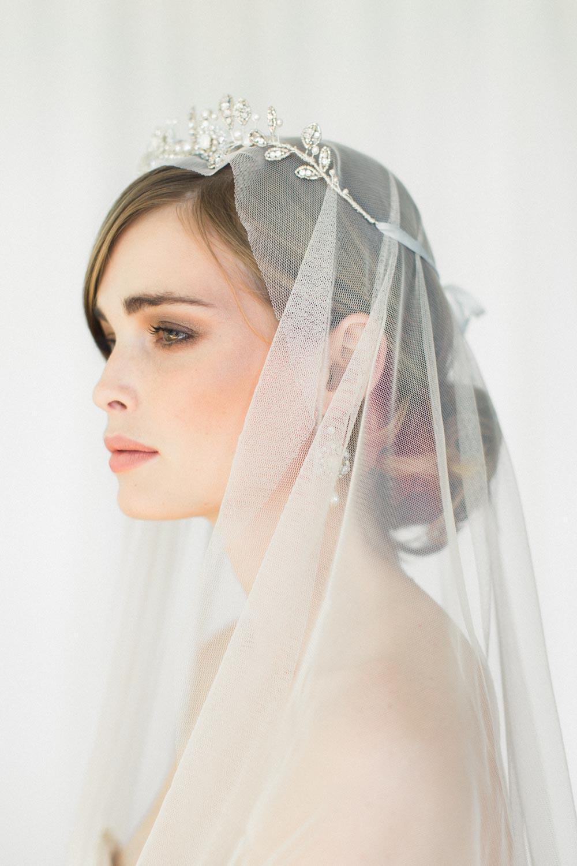 Aquarelle Tiara & Earrings