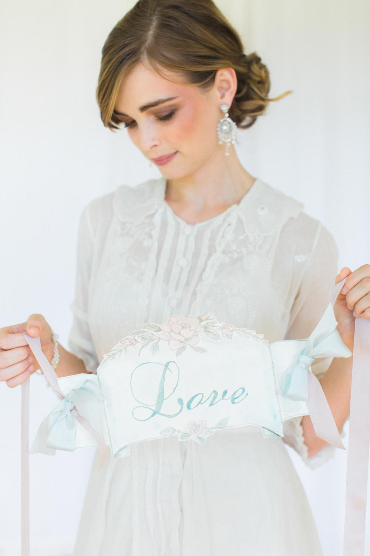 Lilliane Earrings & Fleurette Bracelet