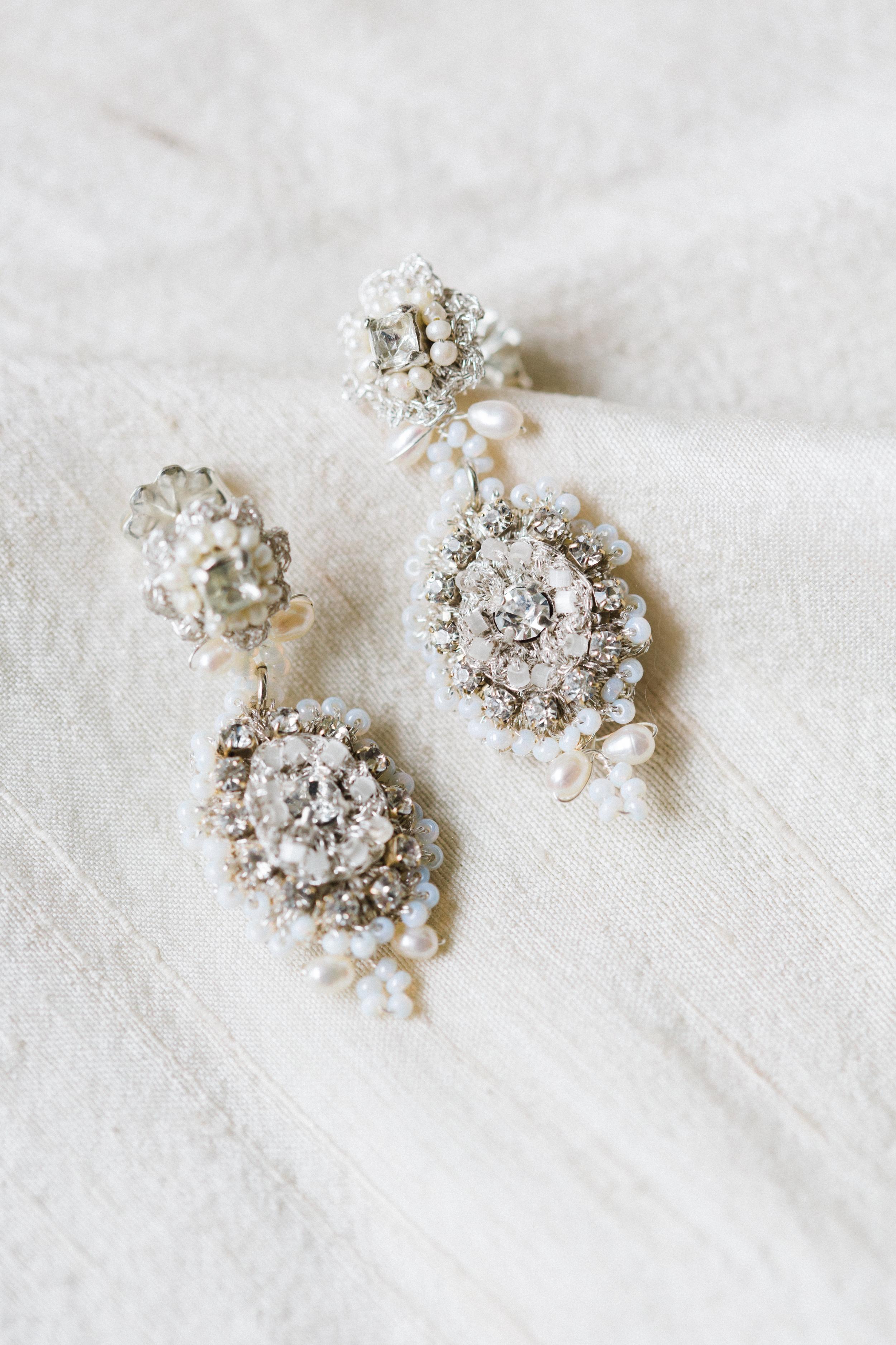 E16AMA Amandine Earrings