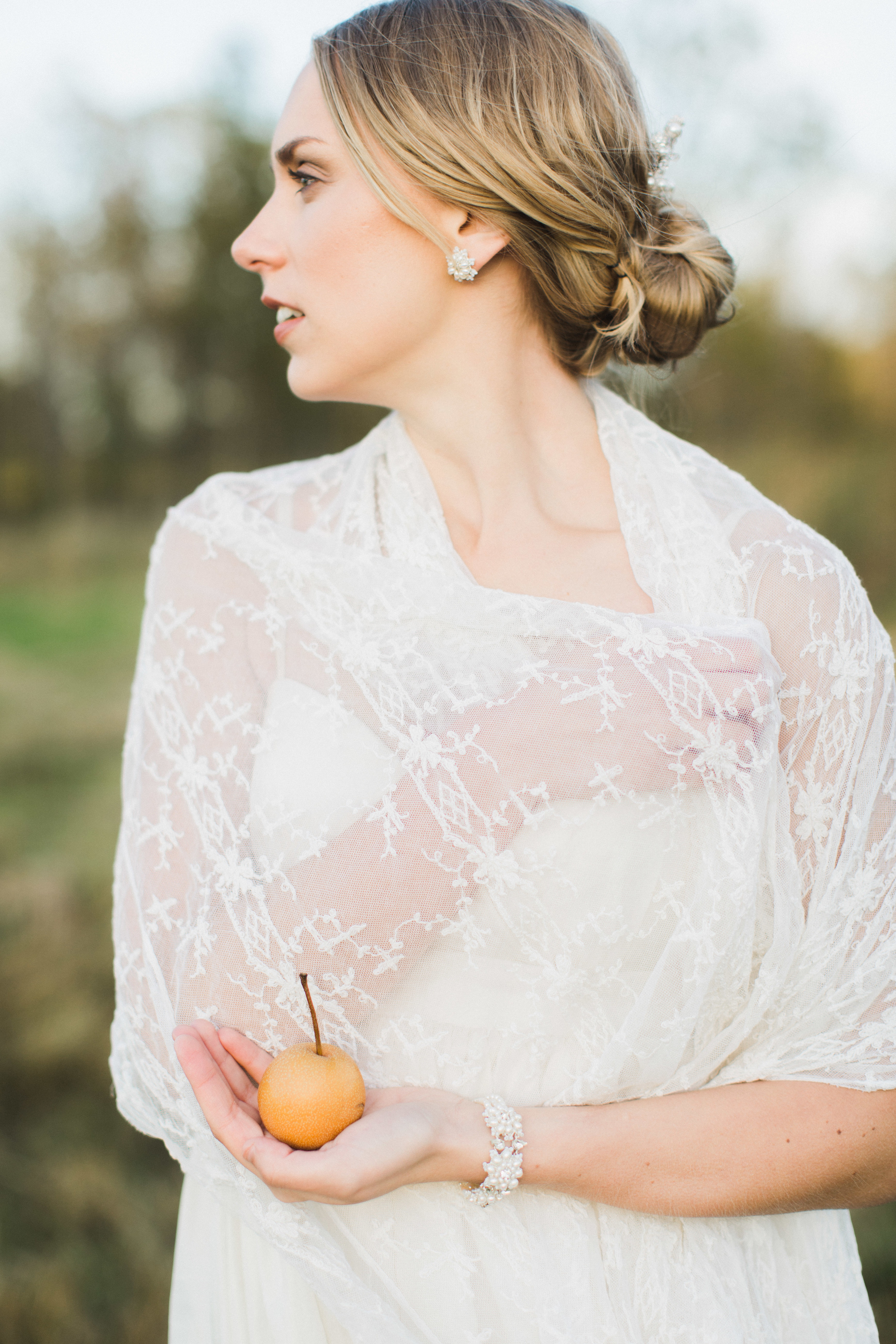 lace and pearl wedding jewelry set