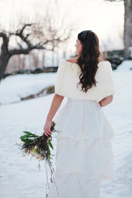 vermont winter snowy wedding inspiration | vermont bridal jewelry designer