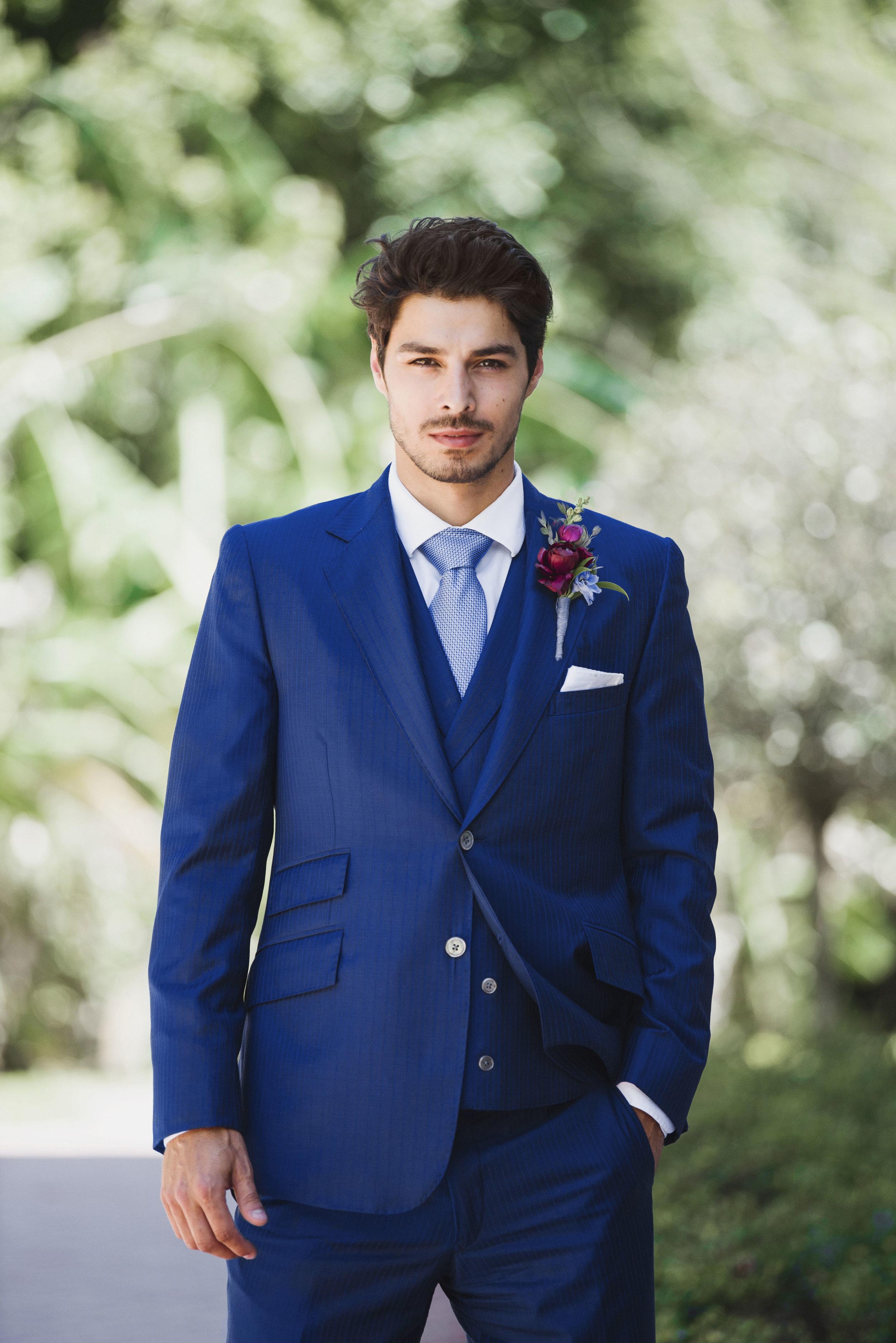 Red, White, & Green Wedding Inspiration | Edera Jewelry Blog