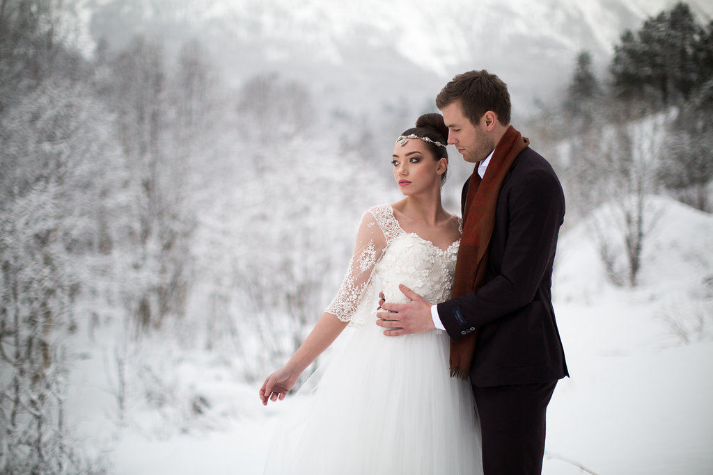 Edera Jewelry Blog | Winter Wedding Fashion Ideas