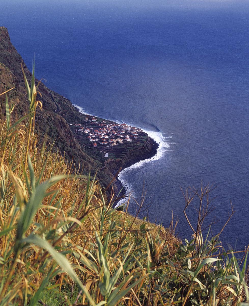 Jardim do Mar from cliffs