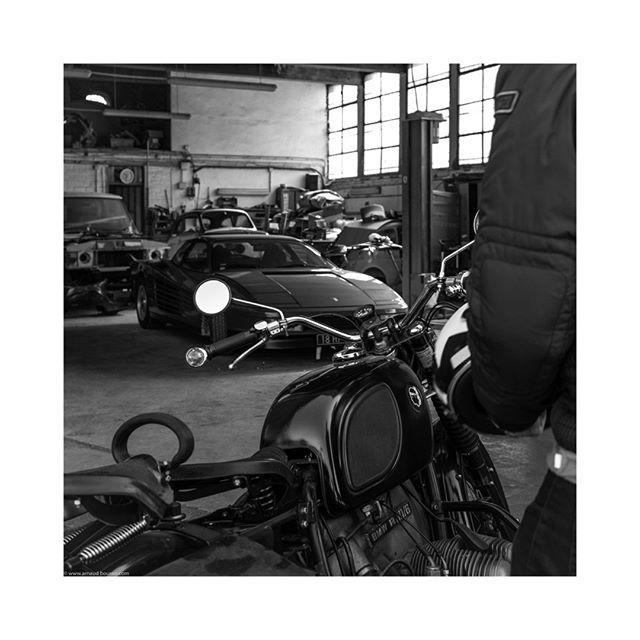 garage dream #BMW #R60 #ferrari #testarossa #garage #france #motorbike #classicbike #bmwmotorrad  #flat #vehicles #cars #sportscar #carporn #instatag #vehicle #carsofinstagram #cars #carstagram #sportscars #car #instacar #instacars #drivevintage #vintagecar #porschemoment #blackandwhitephotography #bnw #bnw_planet