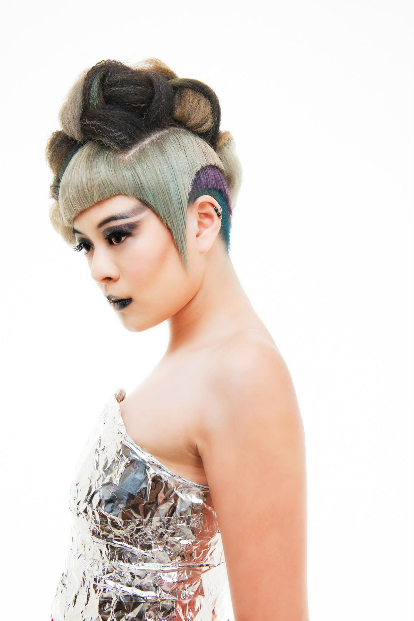 Model: Vivian Ly    Hair: Roz Corpuz | Umbrella Salon    Make-Up:   Gizelle Morales   Photography: Khiem Hoang