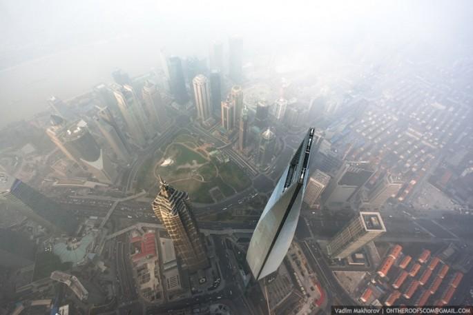 On-the-Roofs-Shanghai-Tower-04-685x457.jpg