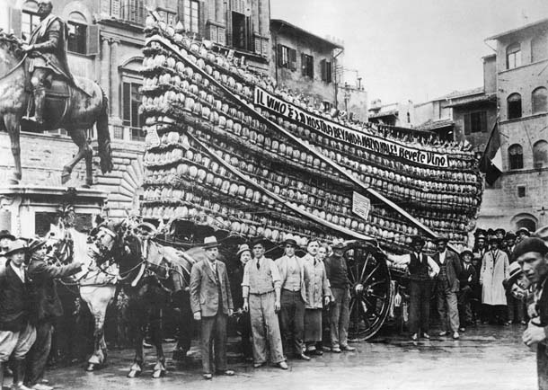 italian-bottle-delivery-1930.jpg