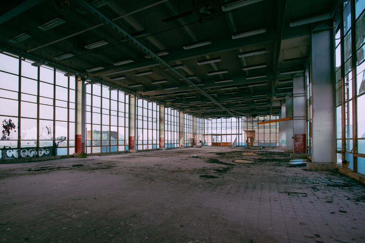 Building 253, Hunter's Point Naval Shipyard