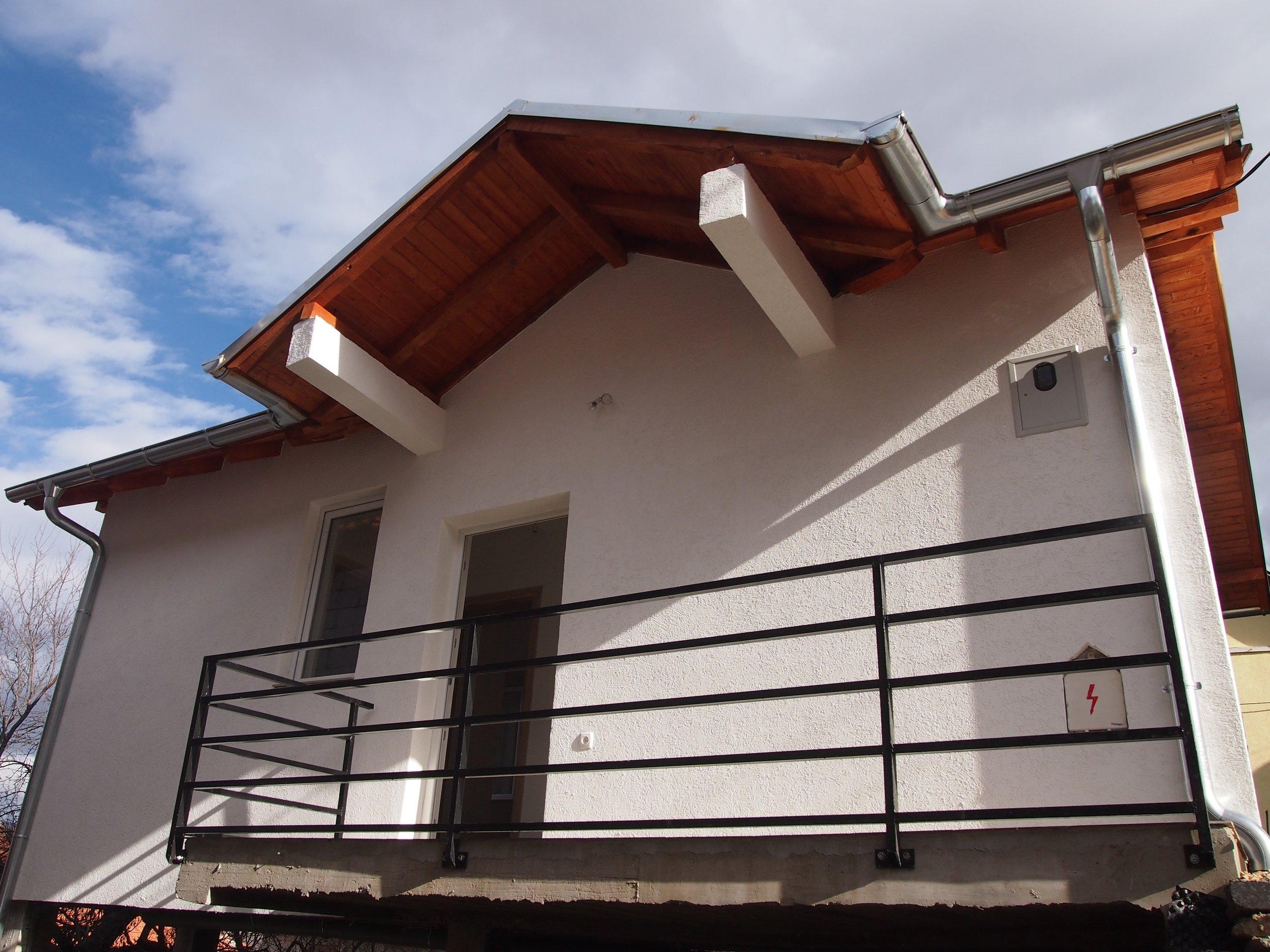 House construction, Gotovuša/Gotovushë, Štrpce/Shtërpcë Municipality