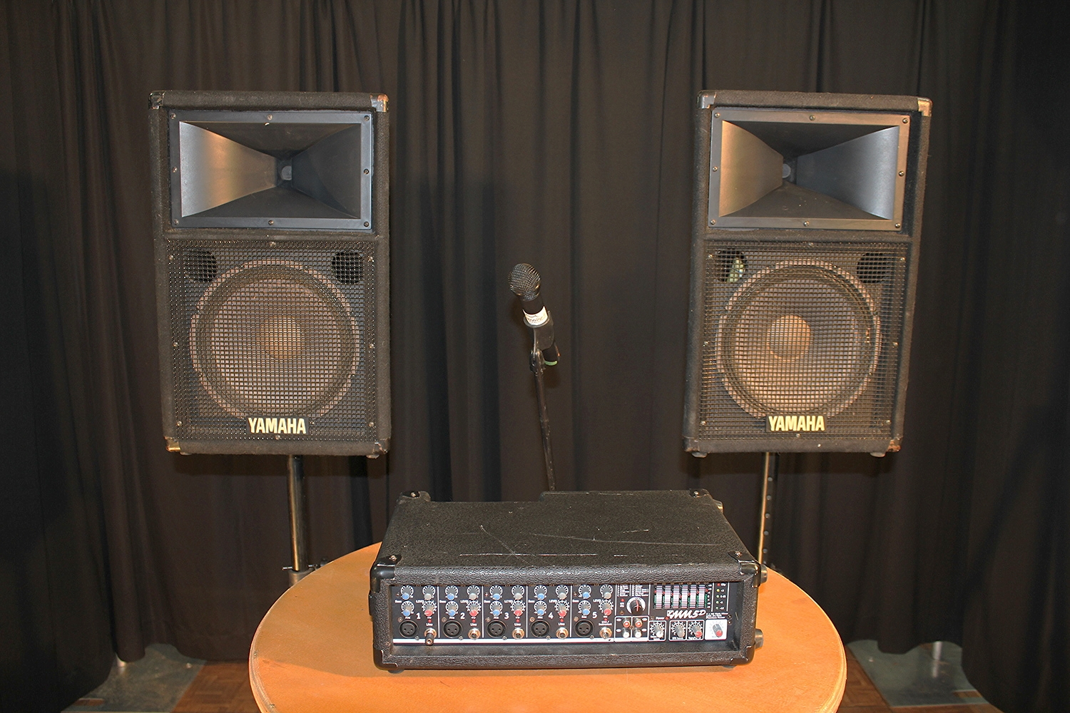 Sound Systems   Amplifier, two speakers with stands $ 100.00  Corded Mic with stand $ 25.00  Wireless Handheld Mic withstand $ 50.00  Wireless Clip-on or Headset Mic $ 50.00  Ipod Cable $ 5.00