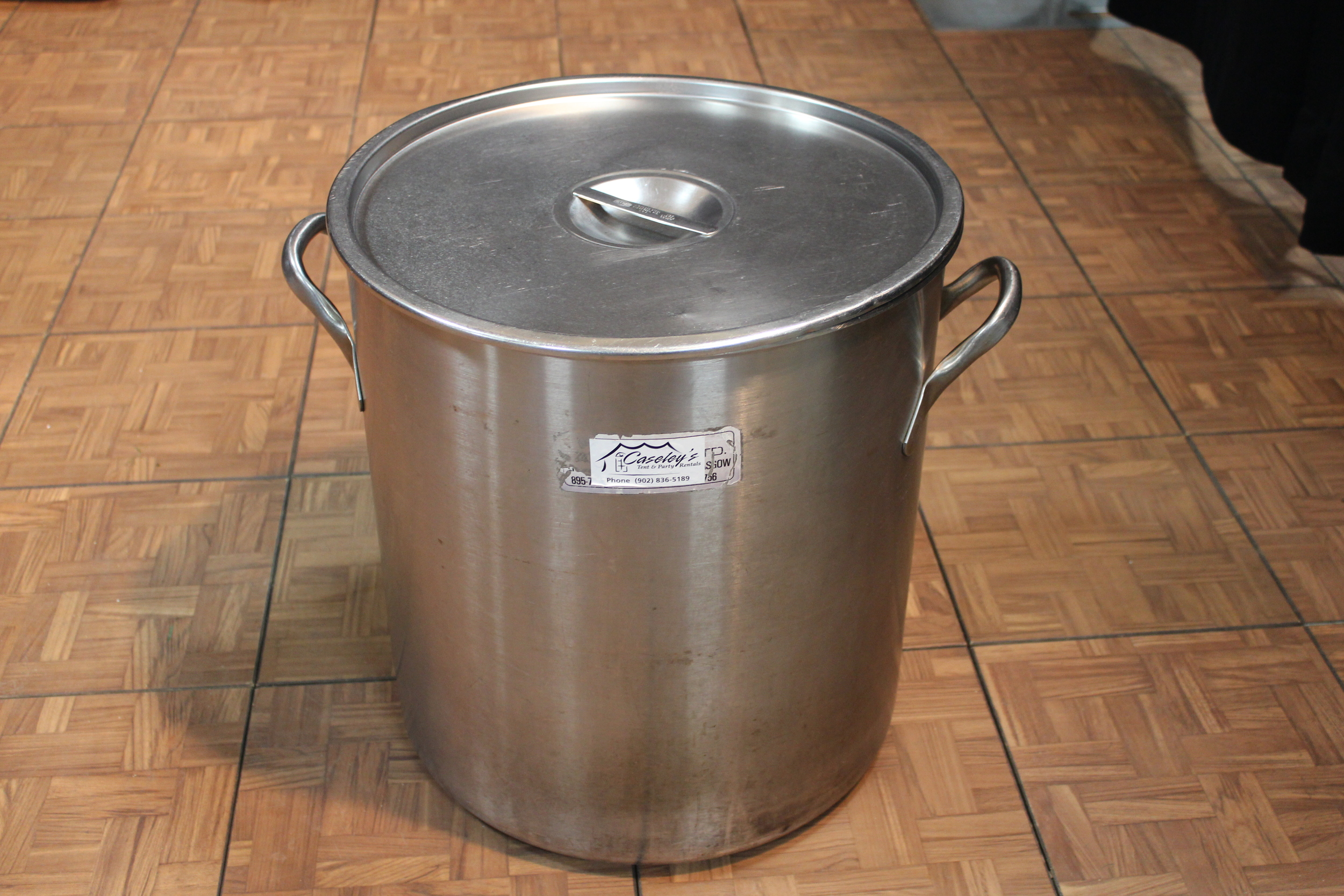 Cooking Pot  $  30.00