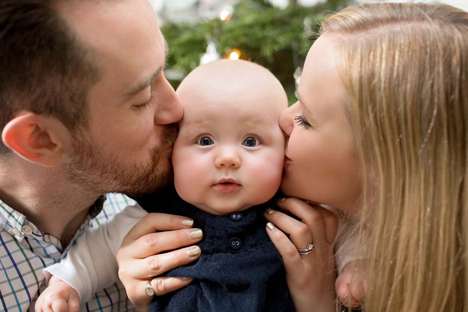 Woking Surrey Baby Family Photographer_COPYRIGHT Susie Fisher Photography-1.jpg