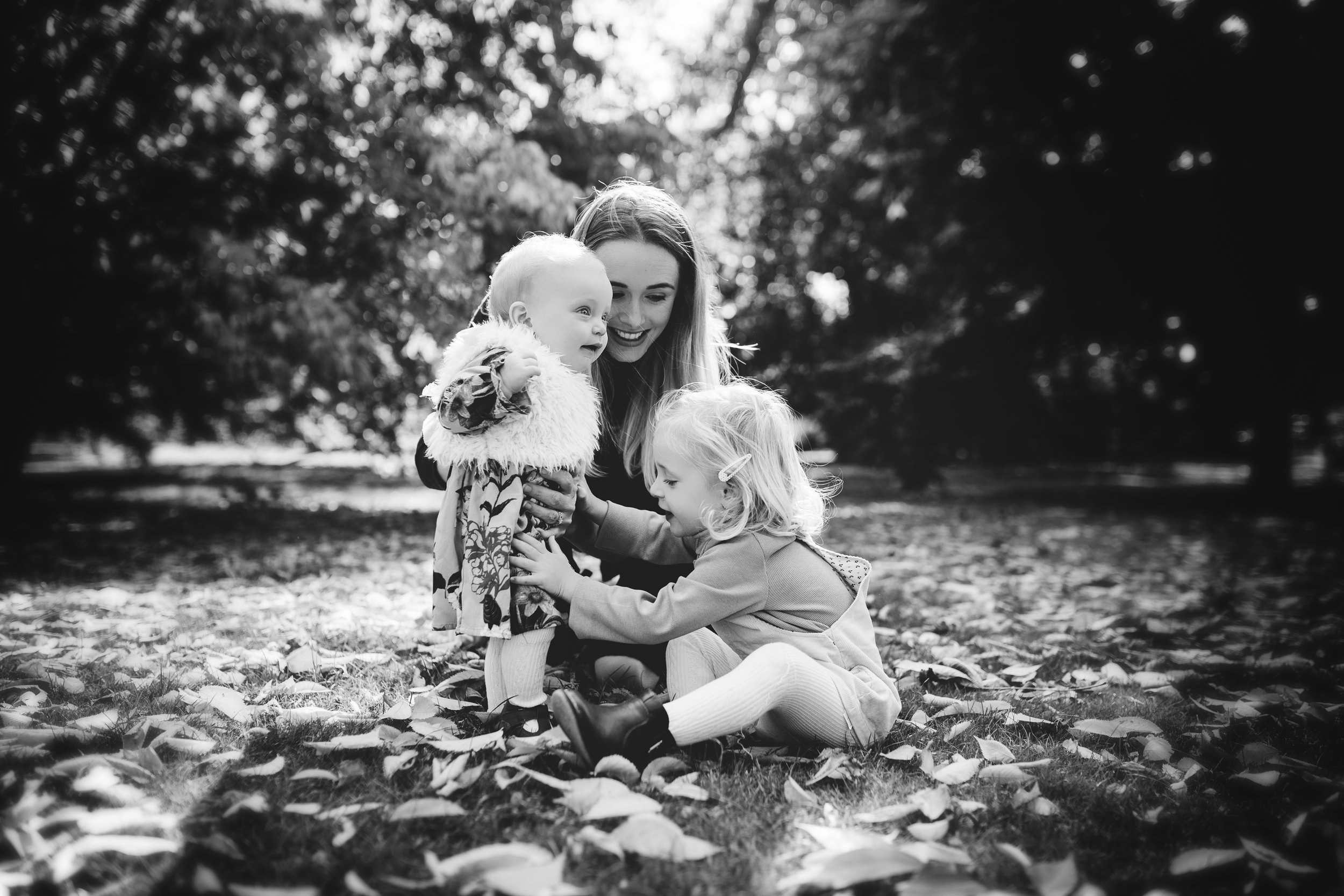 Outdoor Family Shoot on location in Woking Surrey, Copyrighted