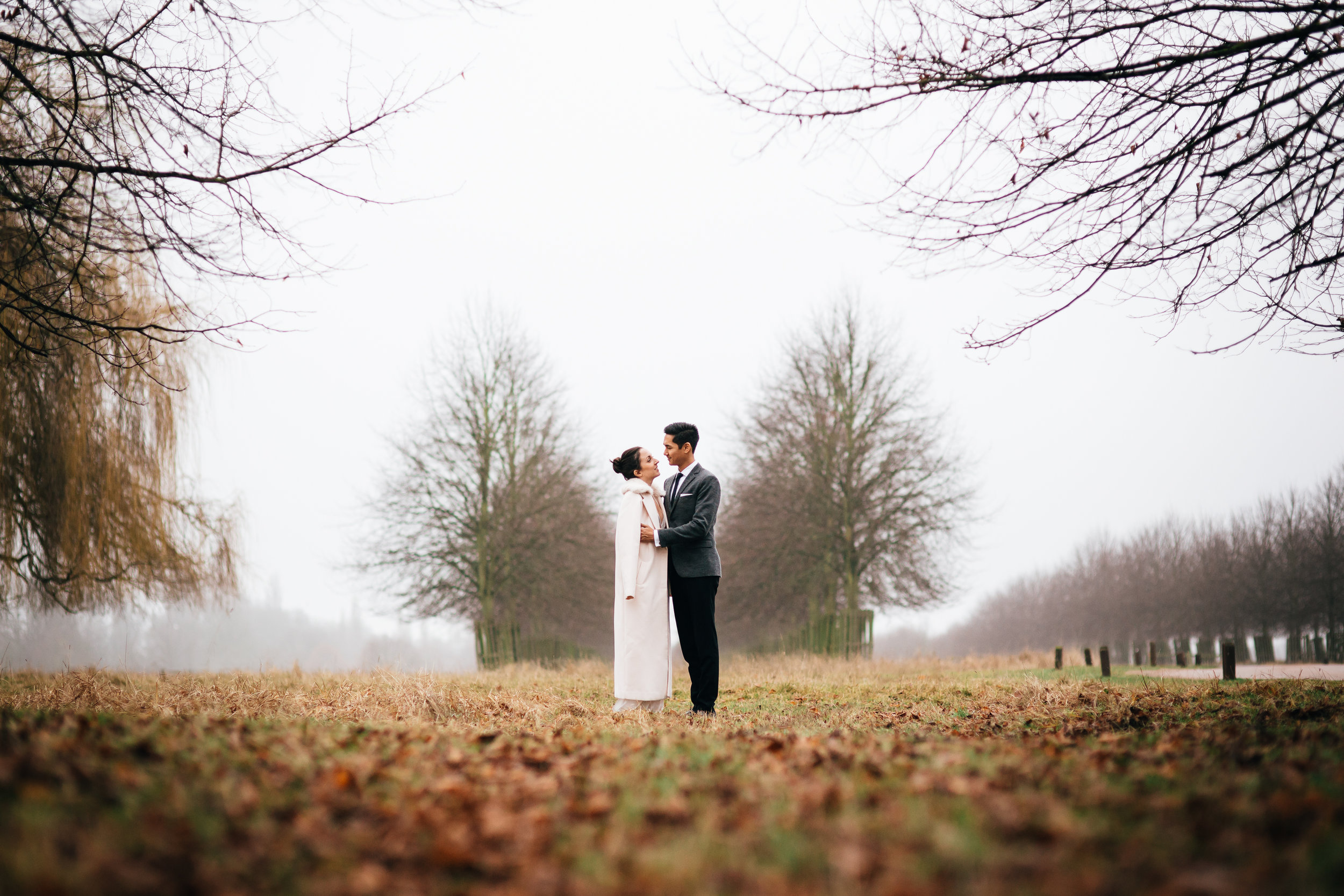 Hampton Court Golf club Wedding Photography_Copyright Susie Fisher Photography
