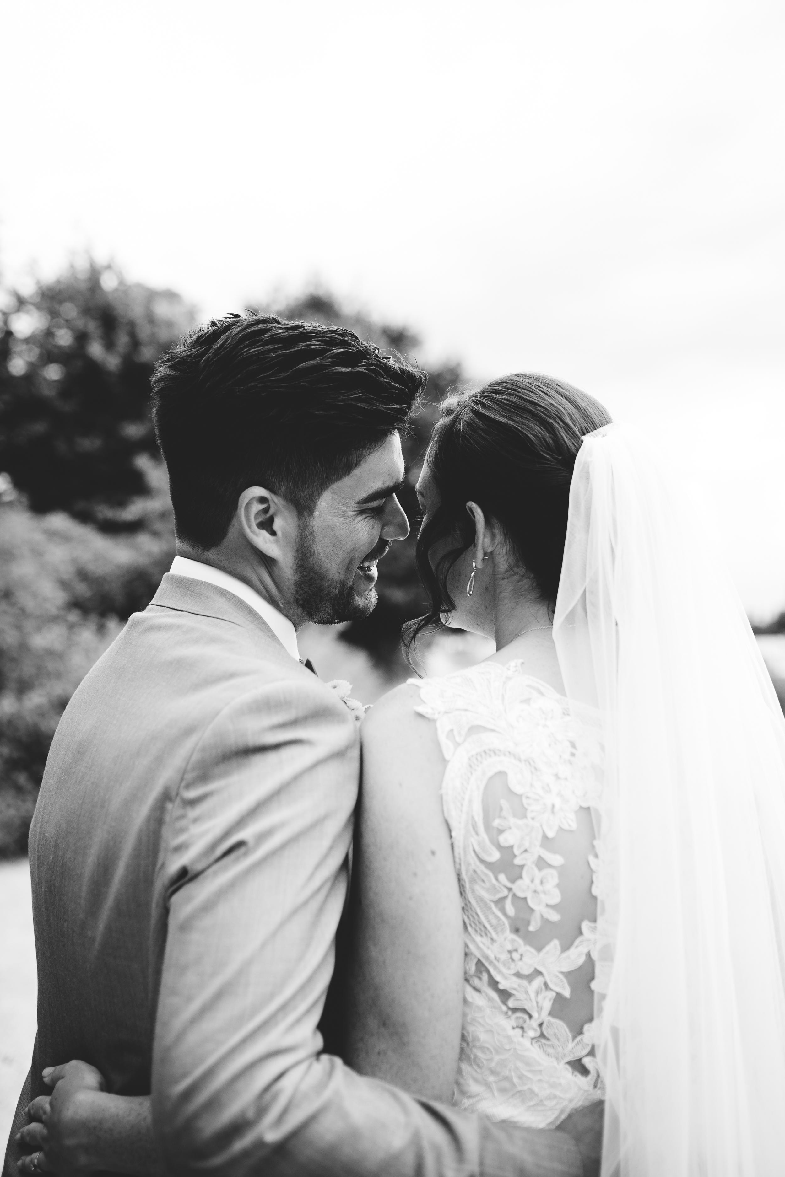 River house Barn Walton on thames Wedding Photography_Susie Fisher