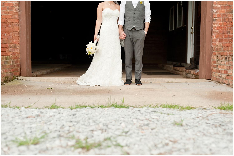 BloomandLo_PeteandAshley_Smithonia_Farm_Wedding_Blog_0027.jpg
