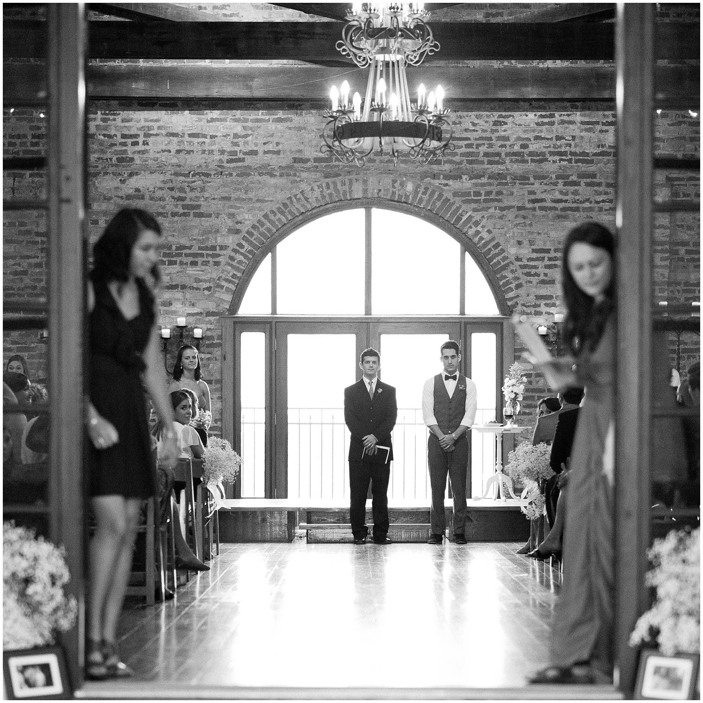 BloomandLo_PeteandAshley_Smithonia_Farm_Wedding_Blog_0037.jpg