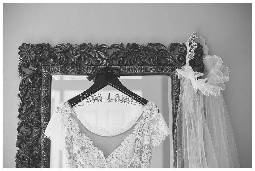 BloomandLo_AtlantaPhotographer_AmeliaTatnall_WeddingPhotography_Charleston_DestinationWeddings_SouthernWeddings_Paul&Whitney_LoeserWedding__0001.jpg