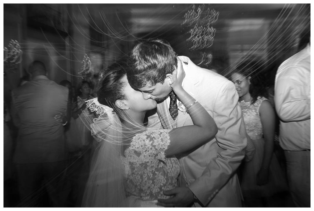 BloomandLo_AtlantaPhotographer_AmeliaTatnall_WeddingPhotography_Charleston_DestinationWeddings_SouthernWeddings_Paul&Whitney_LoeserWedding__0103.jpg