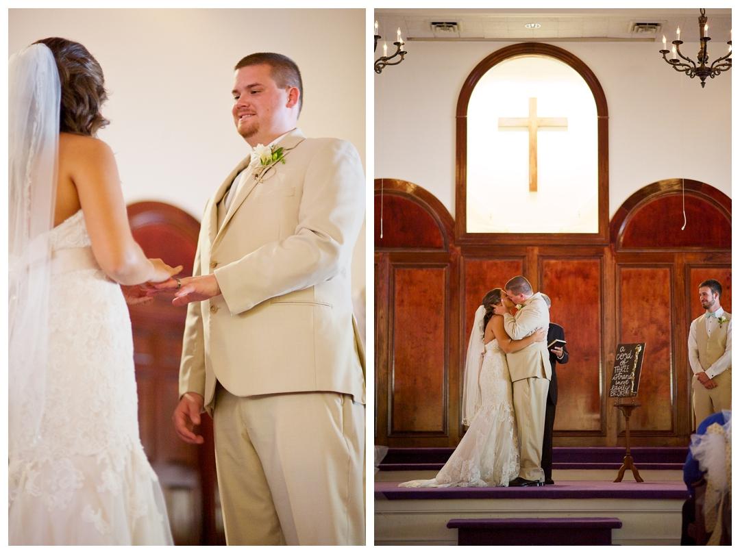 BloomandLo_AtlantaPhotographer_AmeliaTatnall_WeddingPhotography_Madison&Zach_CalhounWedding_ChurchWedding_Bloom&Lo__0024.jpg