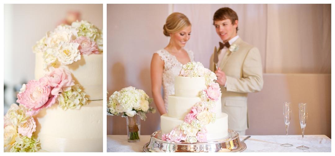 Bloom&Lo_AtlantaPhotographer_AmeliaTatnall_WeddingPhotographer_Anna&JadeWedding_BigCanoe_MountainWedding_Chapel_BlueridgeWeddings__0021.jpg