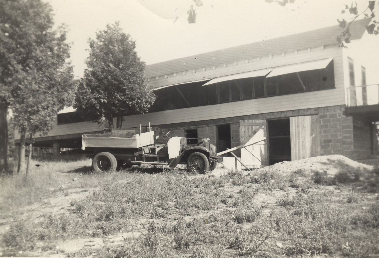 1952 - building the Dining Hall 5.jpg