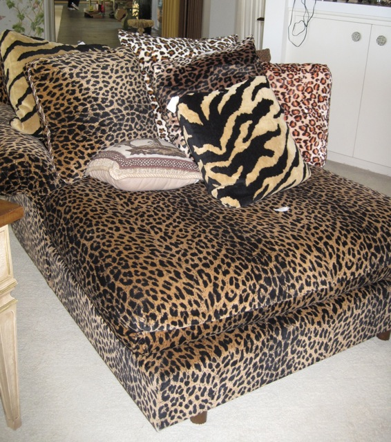 LeopardChair.jpg