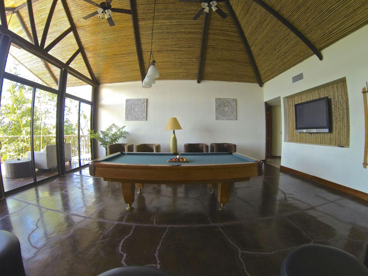 Casa_Pacifica04.jpg