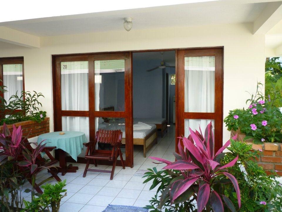 hotel-room-jaco-costa-rica18.jpg
