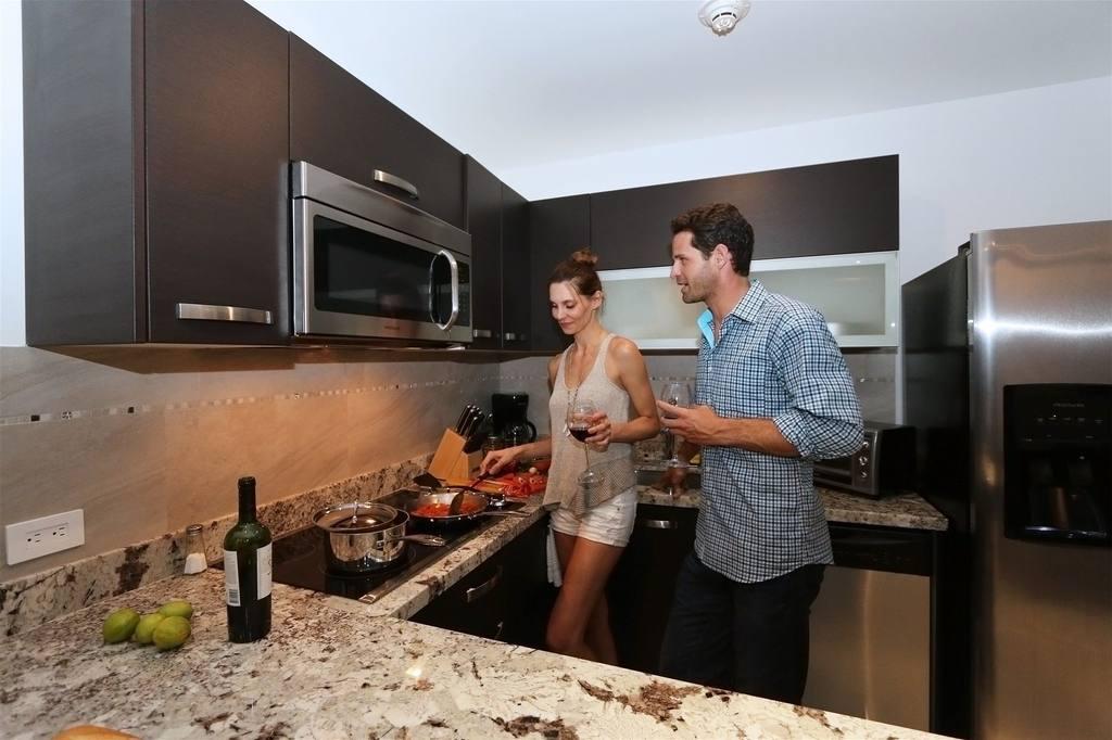 1BR kitchen suite.jpg