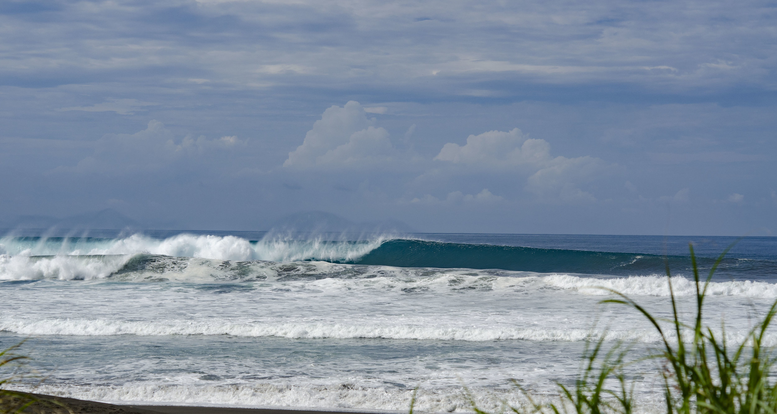 Photography: Randall Ortega / Hermosa Beach, world re-known surf destination.