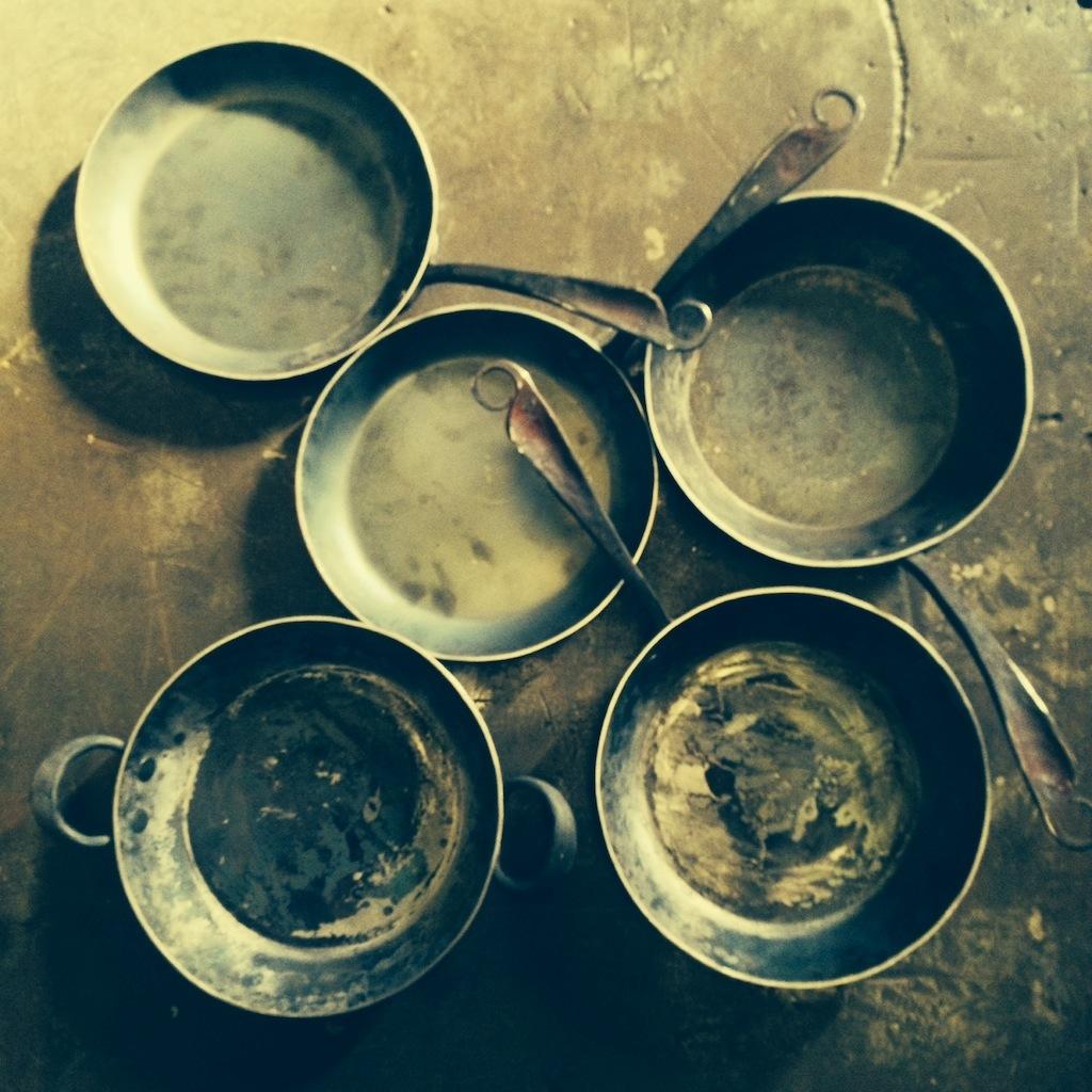 """9"""" iron pans"""