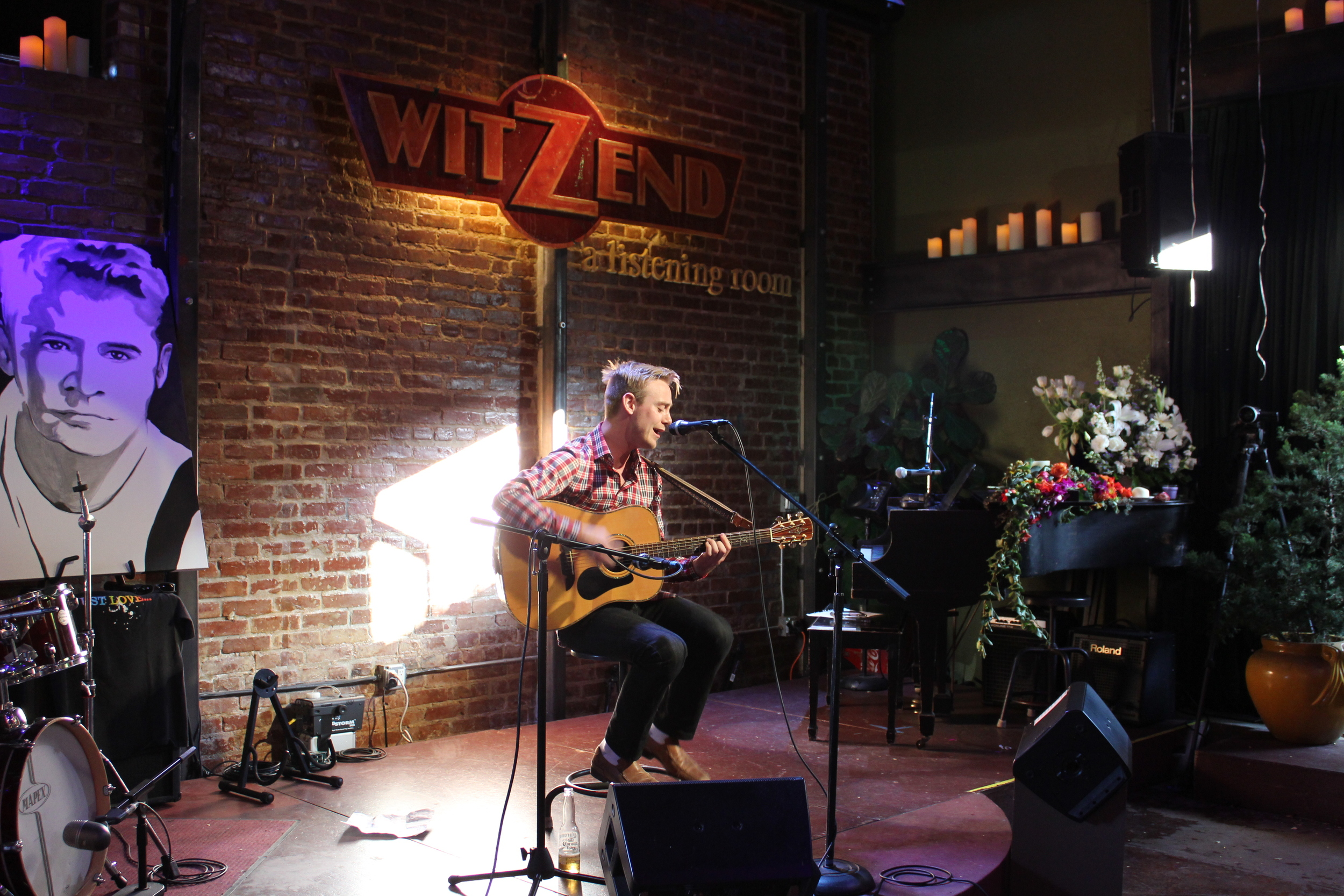 Live music becomes a memorial and celebration of Witzend owner and founder Jeb Milne who passed away on September 11 at the age of 59. (Photo  by Glennie Rabin)