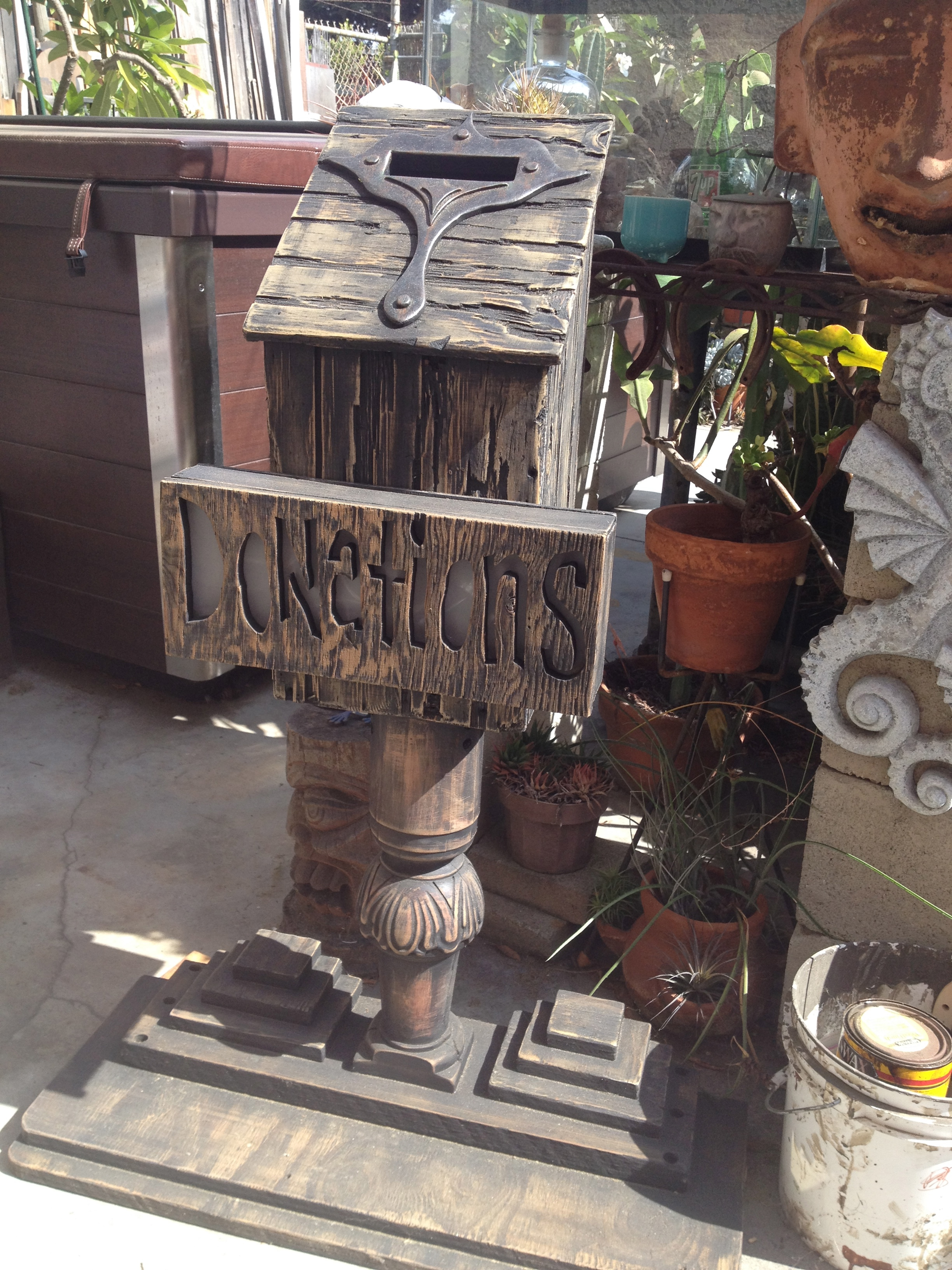 The Venice Haunted House and Eternal Rest Cemetery is free, but since people have asked to make donations in previous years, Rose created a tombstone-style donation box.