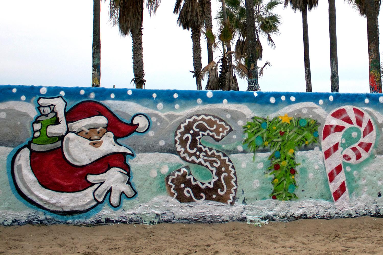 xmas-stp-grafitti-walls-6.jpg
