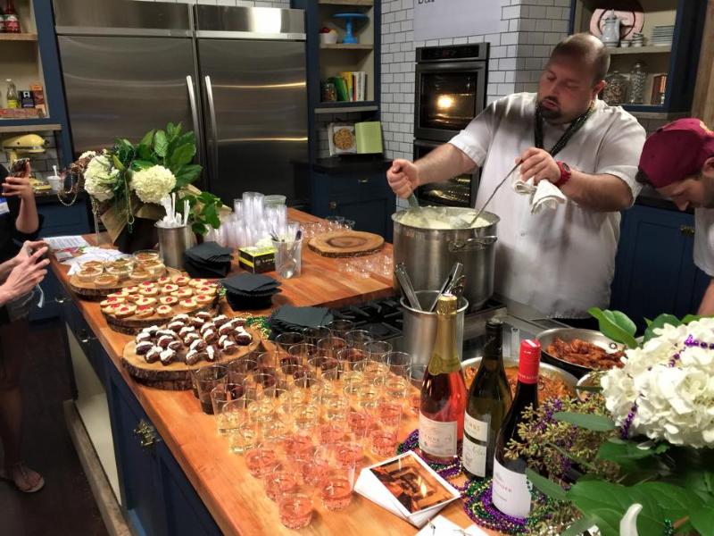 Photo: Bar & Kitchen