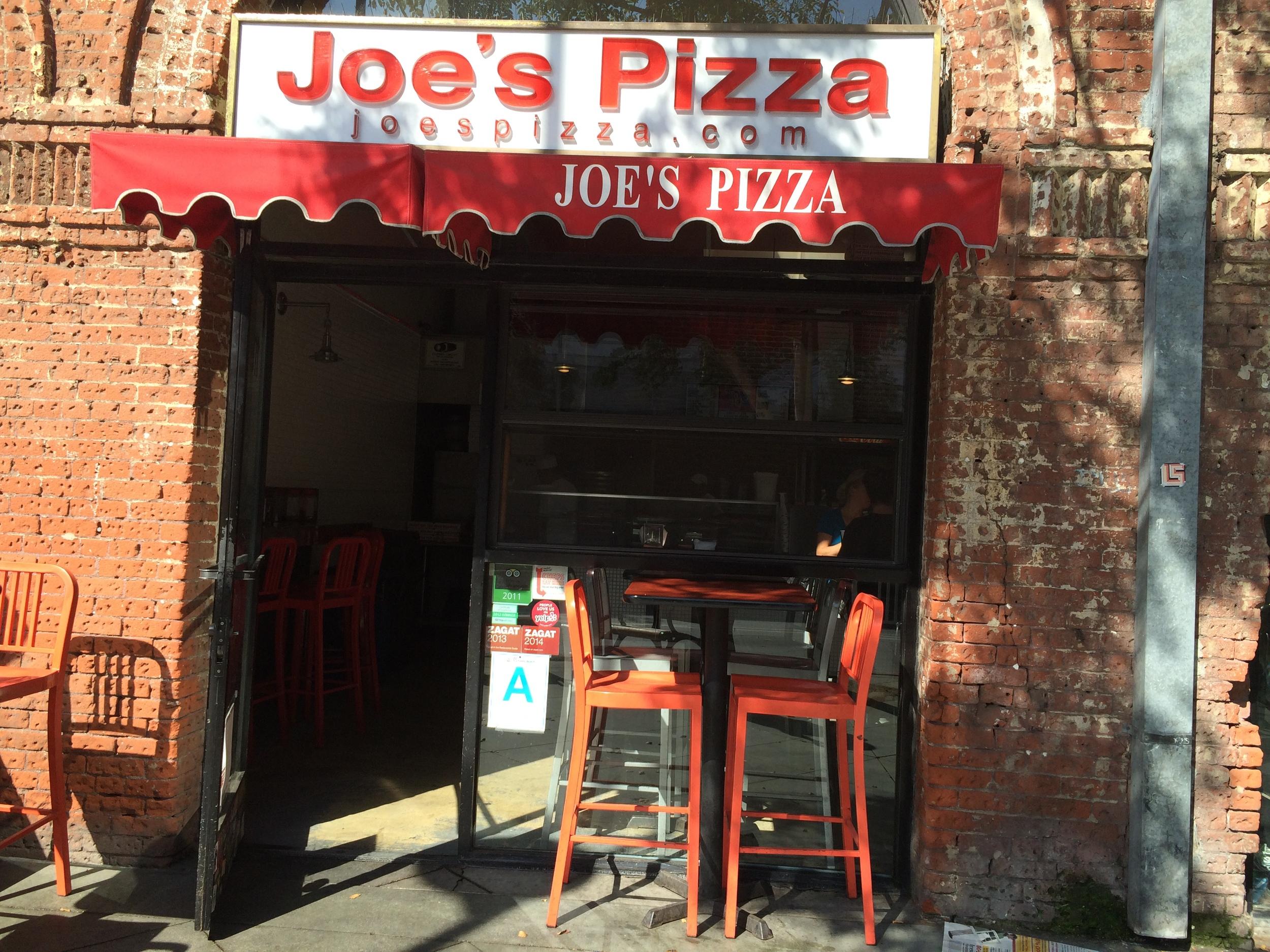 Joes Pizza.JPG