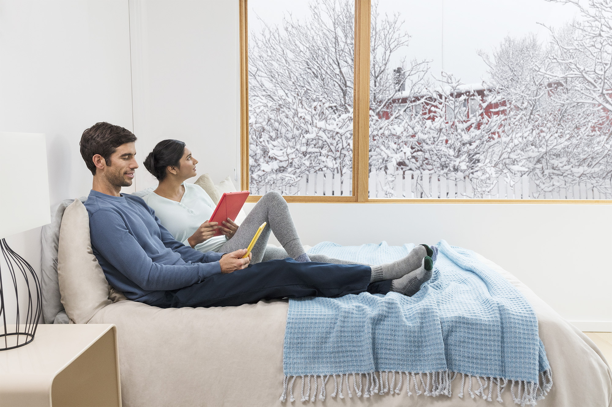 Suez_Bedroom_Holiday_Reading_1607_MAIN_V2_After.jpg