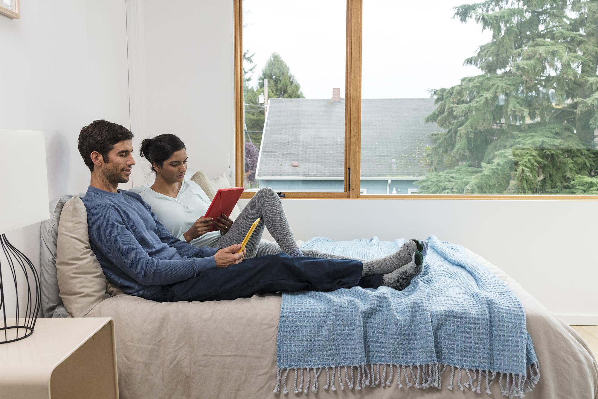 Suez_Bedroom_Holiday_Reading_1607_MAIN_V2_Before.jpg