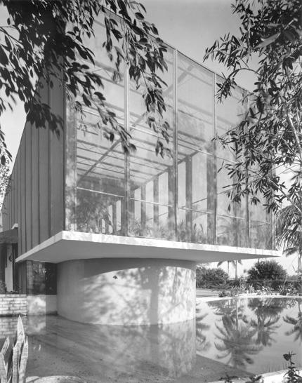"Heller Residence #2, ""Birdcage House,"" Igor Polevitzky, architect, 1949."