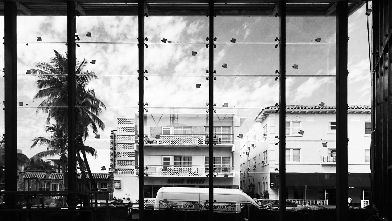 the vitrine 909 collins