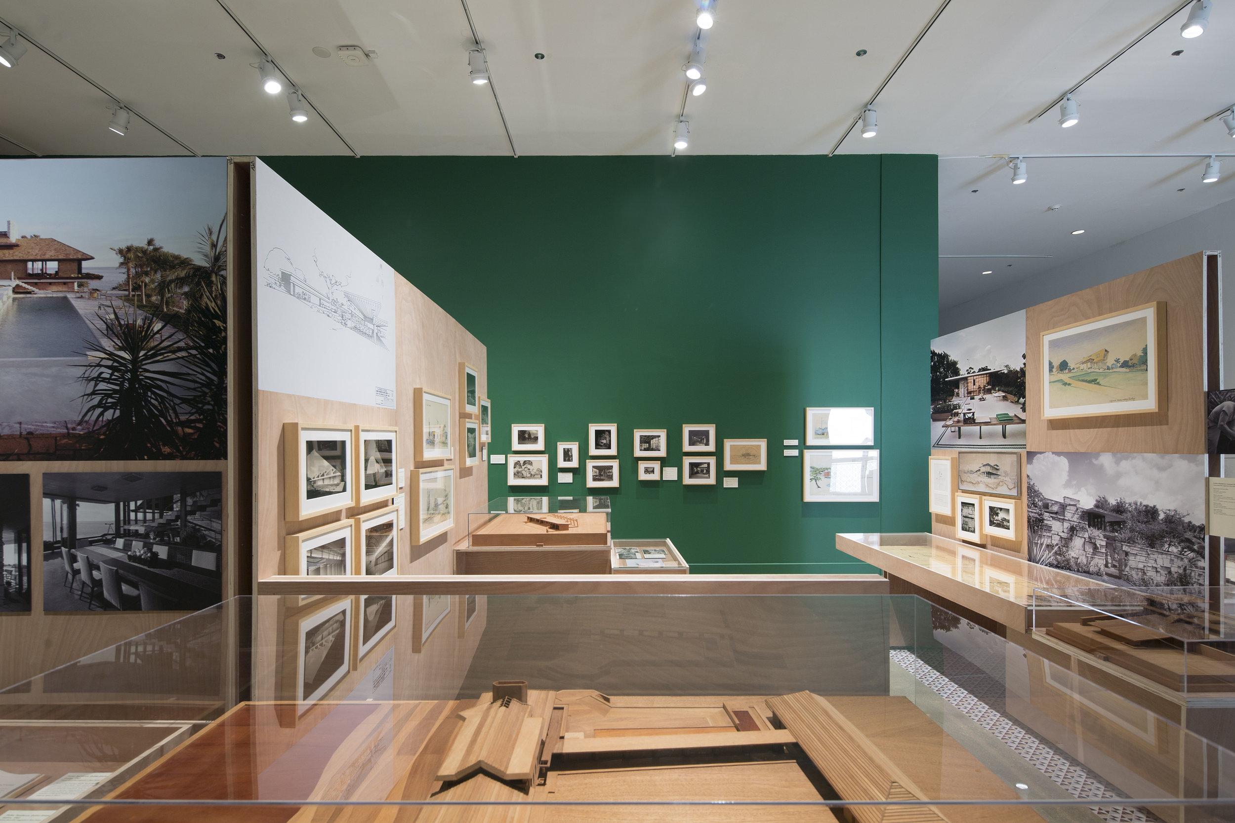 Exhibition_05.jpg