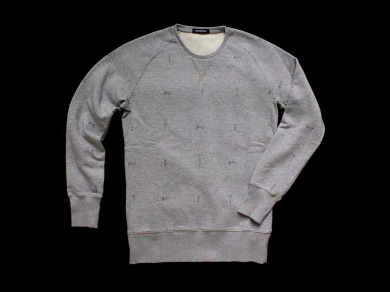 denham-tenue-de-nimes-sweatshirt-2-630x472.jpg