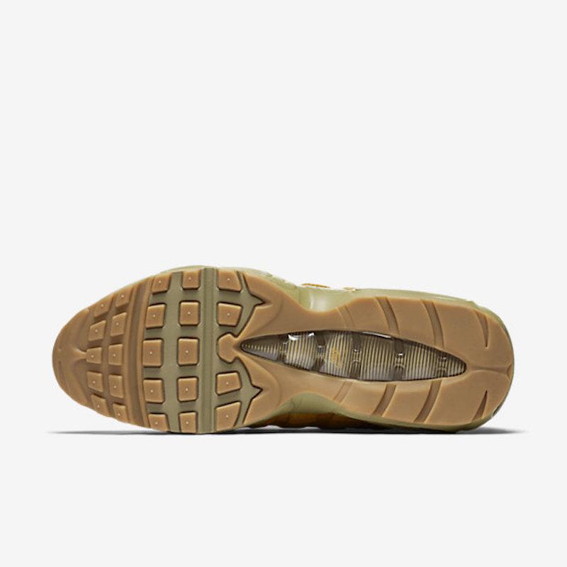 Nike-Air-Max-95-Premium-Mens-Running-Shoe-538416_700_B_PREM