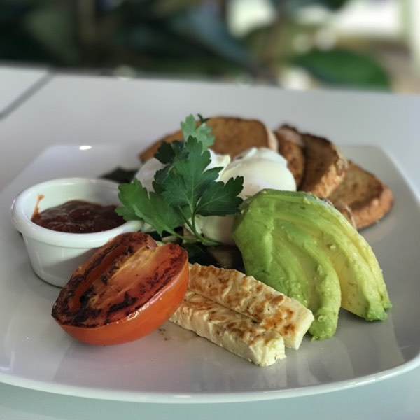 Hope your Sunday is filled with food and coffee! #breakfast #brunch #lunch #avocado #haloumi #delicious