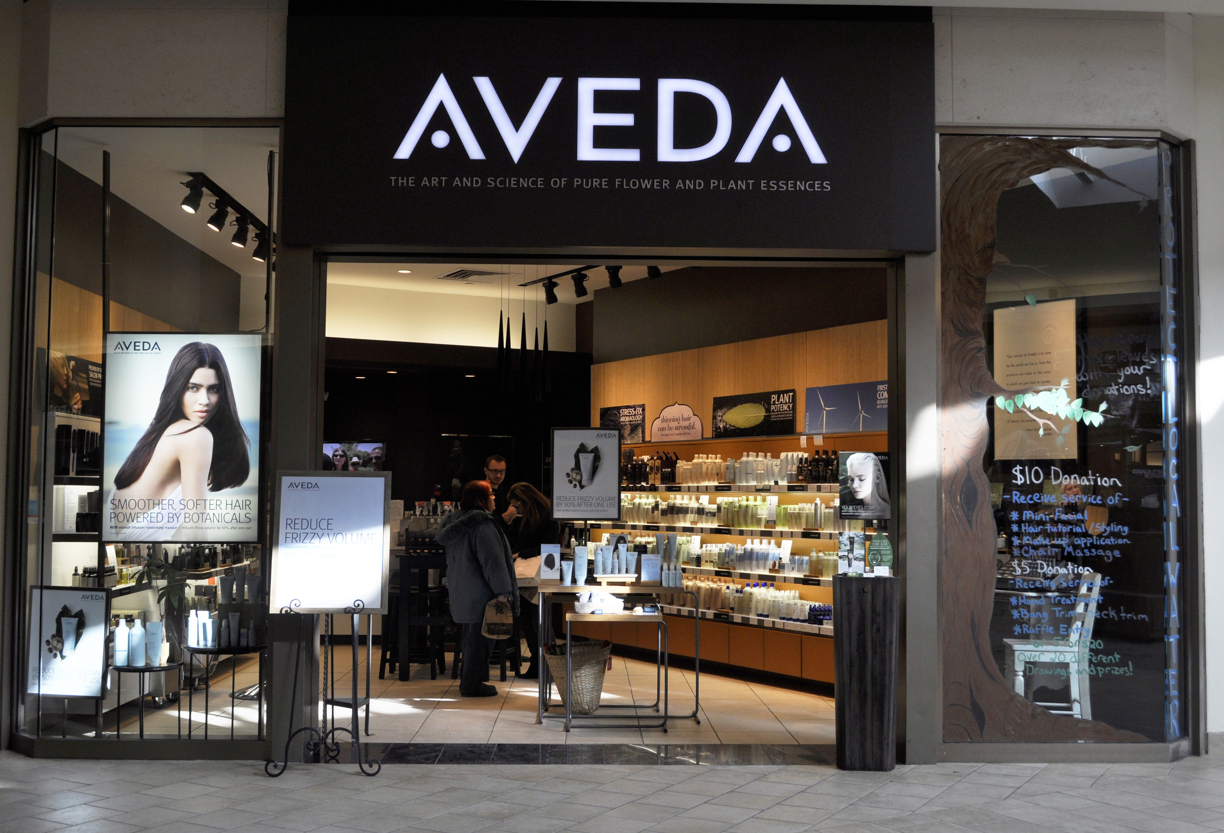 Aveda Experience Center at Summit Mall
