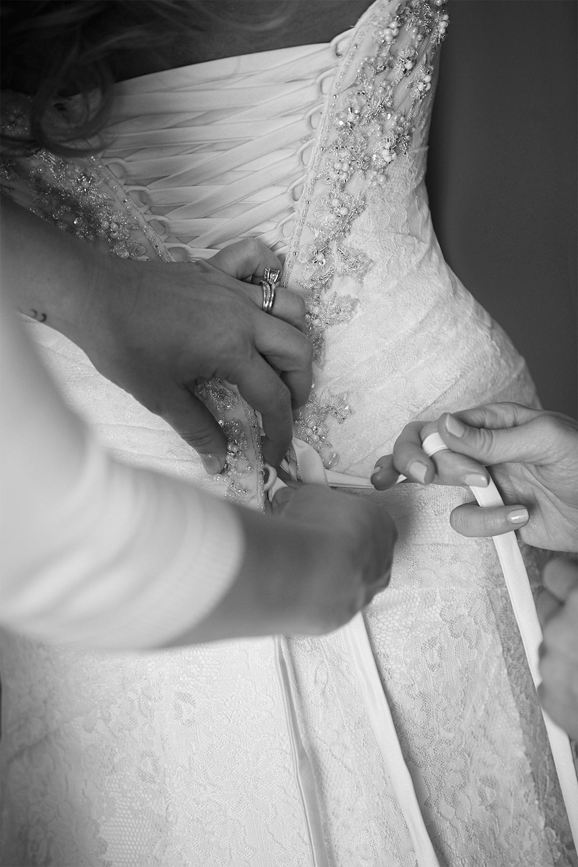 _RNE5151Tina-And-Miles-Wedding_N,2015_Raleigh_NC_ErnestoSue408.jpeg