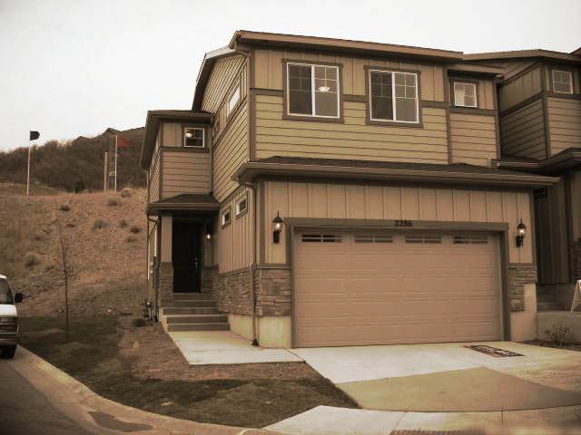 MLS#1138064  List Date 1/17/2013  2162 square feet--3 bed / 2 bath   14792 South Cardiff Park Way #140 Draper, Utah  84020    Call Reed at 801-859-5057 to get more information and make an appointment to see this home today.   >>Click here for LIST PRICE and more information.   Listing Brokerage: D.R. Horton Inc.